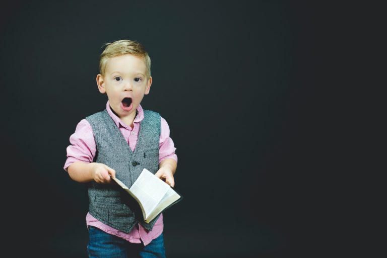 hooggevoelige-kinderen-voelen-stemmingen-goed-aan